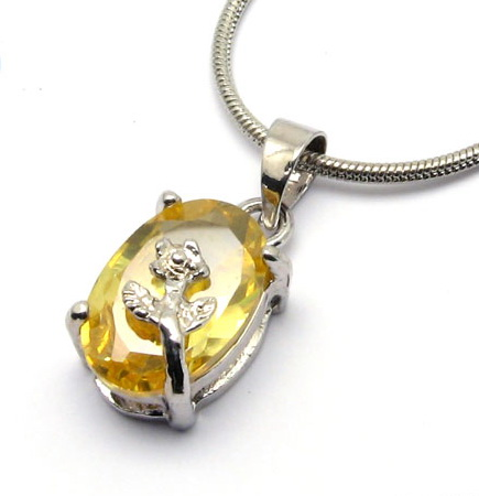 swarovski-crystal-pendant-necklaces-10003428.jpg