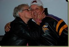mom kissing dad