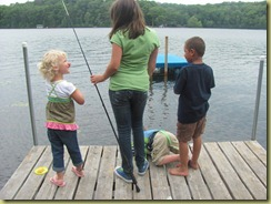 kids fishing with rayna
