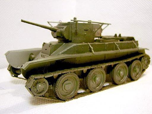 miren al este bt-2 !!!  BT-5+SOVIET+TANK