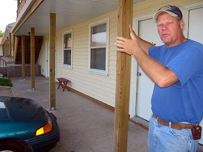Hawkeye Motel Owner Gordon Olberding