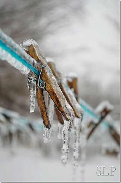 clothespin-ice-w