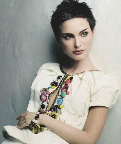 natalie-portman-pixie-haircut For oval shaped face