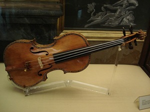 stradivarius-violin060801