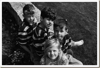 kids on wall 7