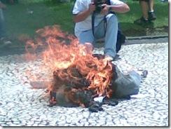 Beto Richa queimando