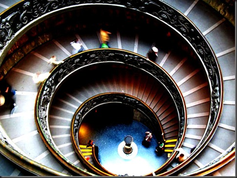 hhint2A3_ss2_Rome01_dim_vatican-stair_s4x3_lg
