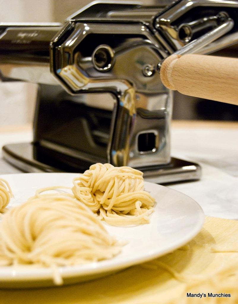 [Spaghettiandpastamachine12.jpg]