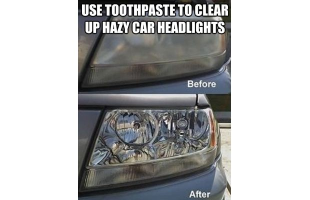 clean-headlights-with-toothpaste
