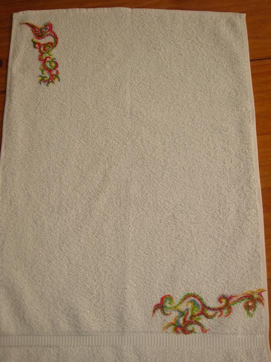 toalla con colores vibrantes