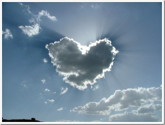 heart-shaped-cloud1