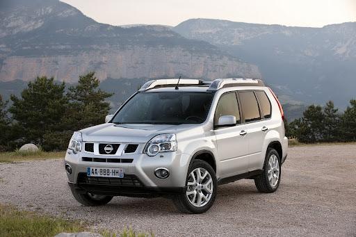 2010-Nissan-X-Trail-3.JPG