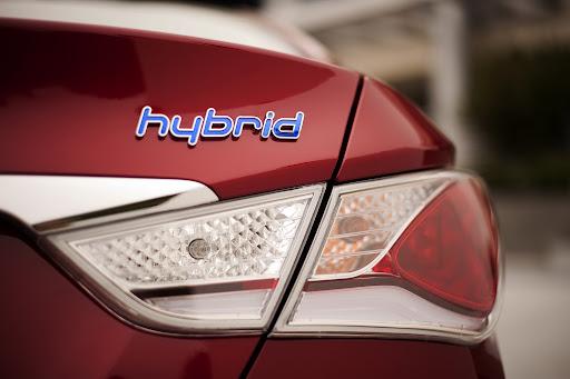Hyundai-Sonata-Hybrid-1.JPG