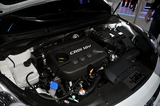 2011-Hyundai-i40-11.jpg