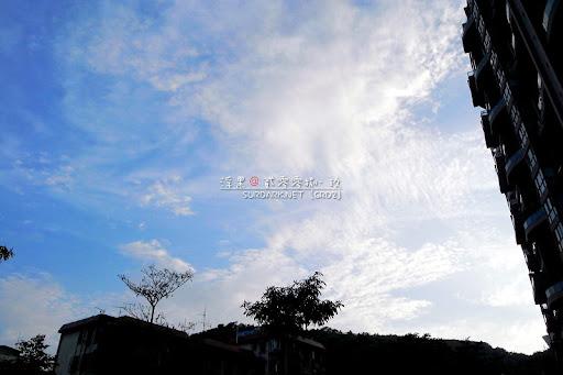 山水芳邻的天空.jpg