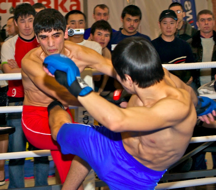 boxing028.T2bnYmUsCCJ7.jpg