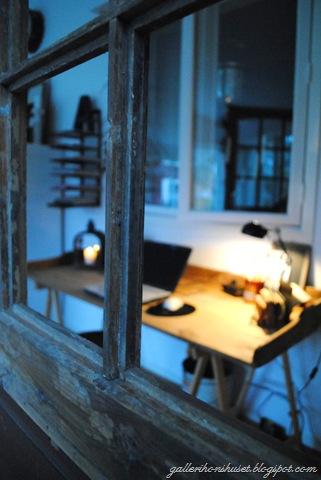 nya skrivbordet 026