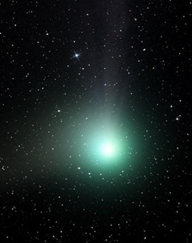 cometa C2004 Q2 Machholz