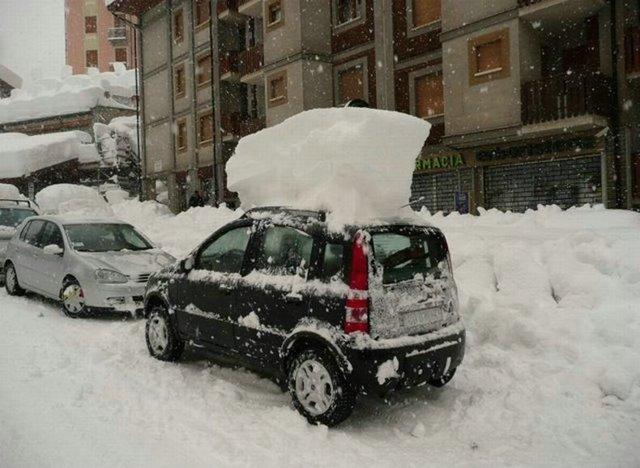 Италию немного завалило снегом (9 фото)