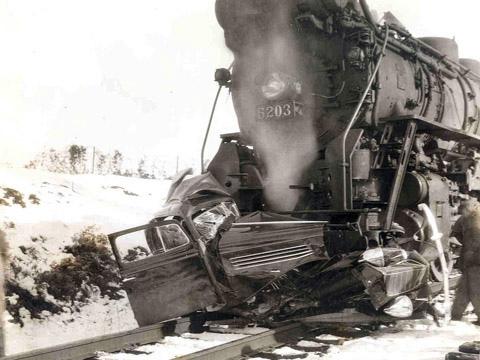 Train Wrecks Old Vets