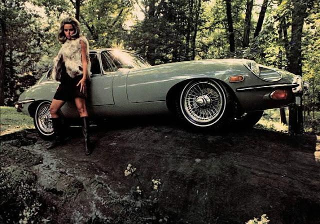 c8 Girls & Cars in European Vintage Ads