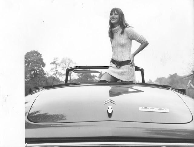 c17 Girls & Cars in European Vintage Ads
