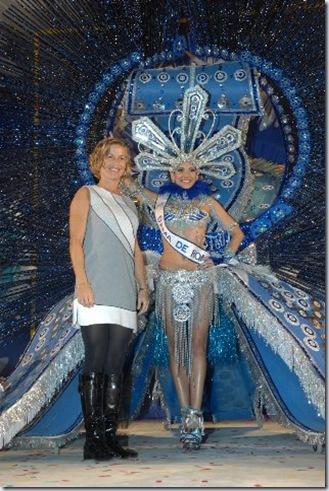 1ª Dama Carnaval Maspa_y Conchi Narváez_318x480