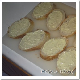 Laktosfria vitlöksbröd på gång