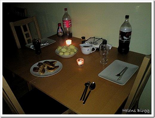 Kyckling filé (marinerad), kokt fast potatis och brun sås