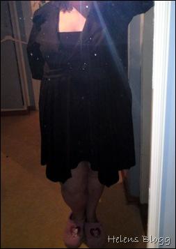 Svart kjol med svart kavaj