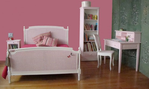 Lovely Bedroom Layout for Pretty Girls