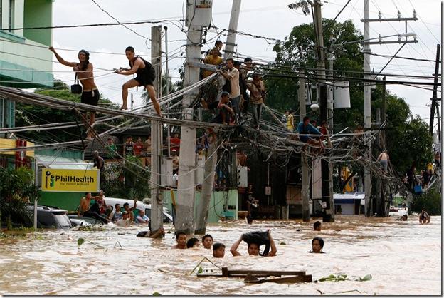 Durante uma enchente procure um lugar seguro
