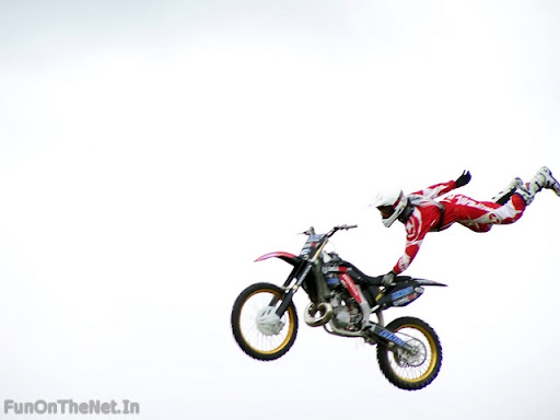 bike stunts photos. CrazyBikeStunts