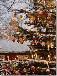992493-FB~Christmastime-at-Tivoli-Gardens-Copenhagen-Denmark-Posters