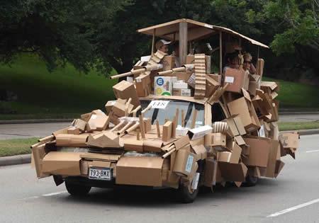 Mobil Kardus