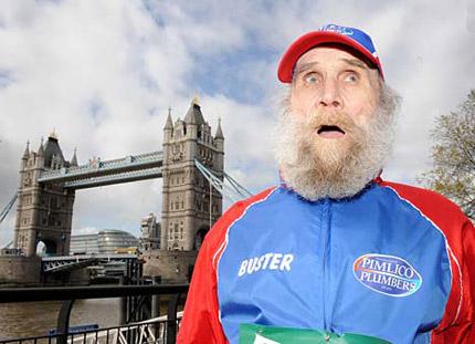 98 Tahun - Manusia Tertua (Pria) yang Menyelesaikan Lari Maraton