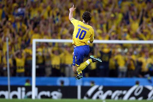 http://lh3.ggpht.com/_iWMJcoCyrD8/TOfwfzI8omI/AAAAAAAACJg/K2XCykTMEp8/sweden_greece_match_zlatan_ibrahimovic.jpg