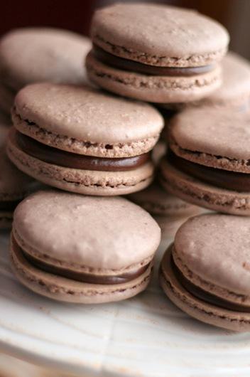 chocolate macarons 4