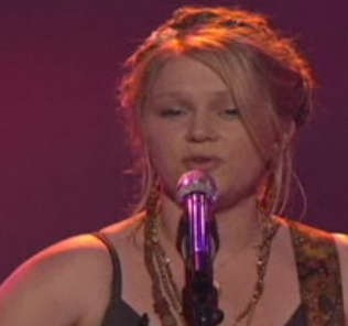[Crystal Bowersox Bobby McGee American Idol Top 11 March 23[3].png]