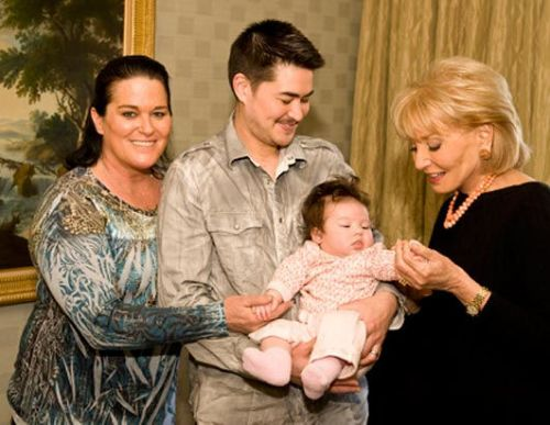 Filipino-American Thomas Beatie, the world's first pregnant man has recently ...