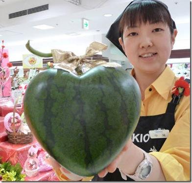 heart-shaped-watermelon