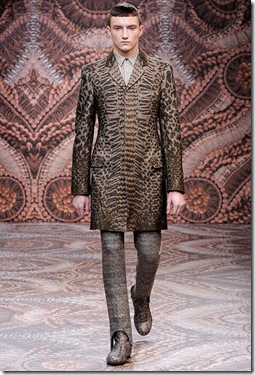 cdocuments-and-settingsmschneiedesktopstyle-file-photosweek-of-1-19-10alexander-mcqueen-fall-20101