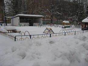 Snowy orphanage. Feb 5th. 10 009