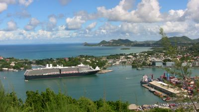 Cruise-ship-from-StLucia.jpg