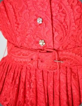 red waist