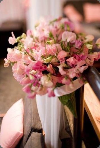 pink-sweetpeas-in-leaf-covered-cone-Holocene-Françoise-Weeks
