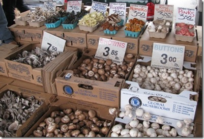 mushrooms_market_web_small
