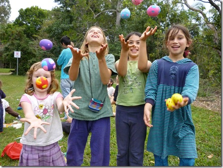 18 juggling ball workshop