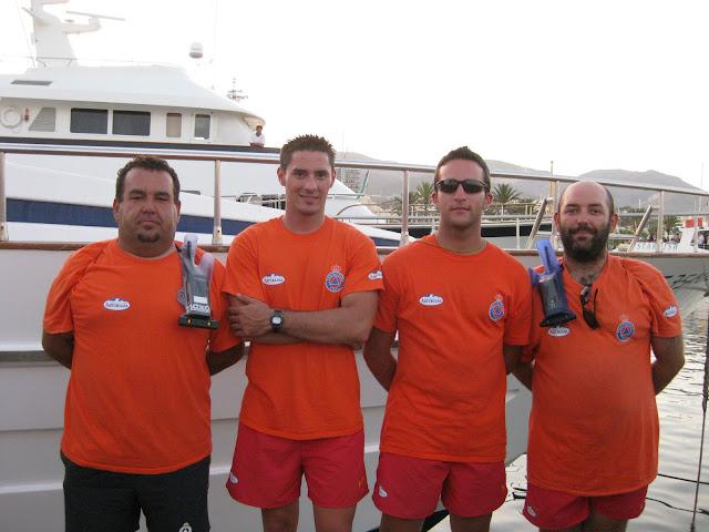 Equipo de Voluntarios de Protección Civil, responsables de la escolta a la Virgen del Carmen con las embarcaciones de rescate.