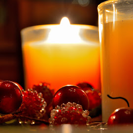 Christmas Glow by Kevin Dietze - Artistic Objects Still Life